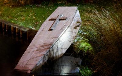 Le cercueil contre la peur, par Radu